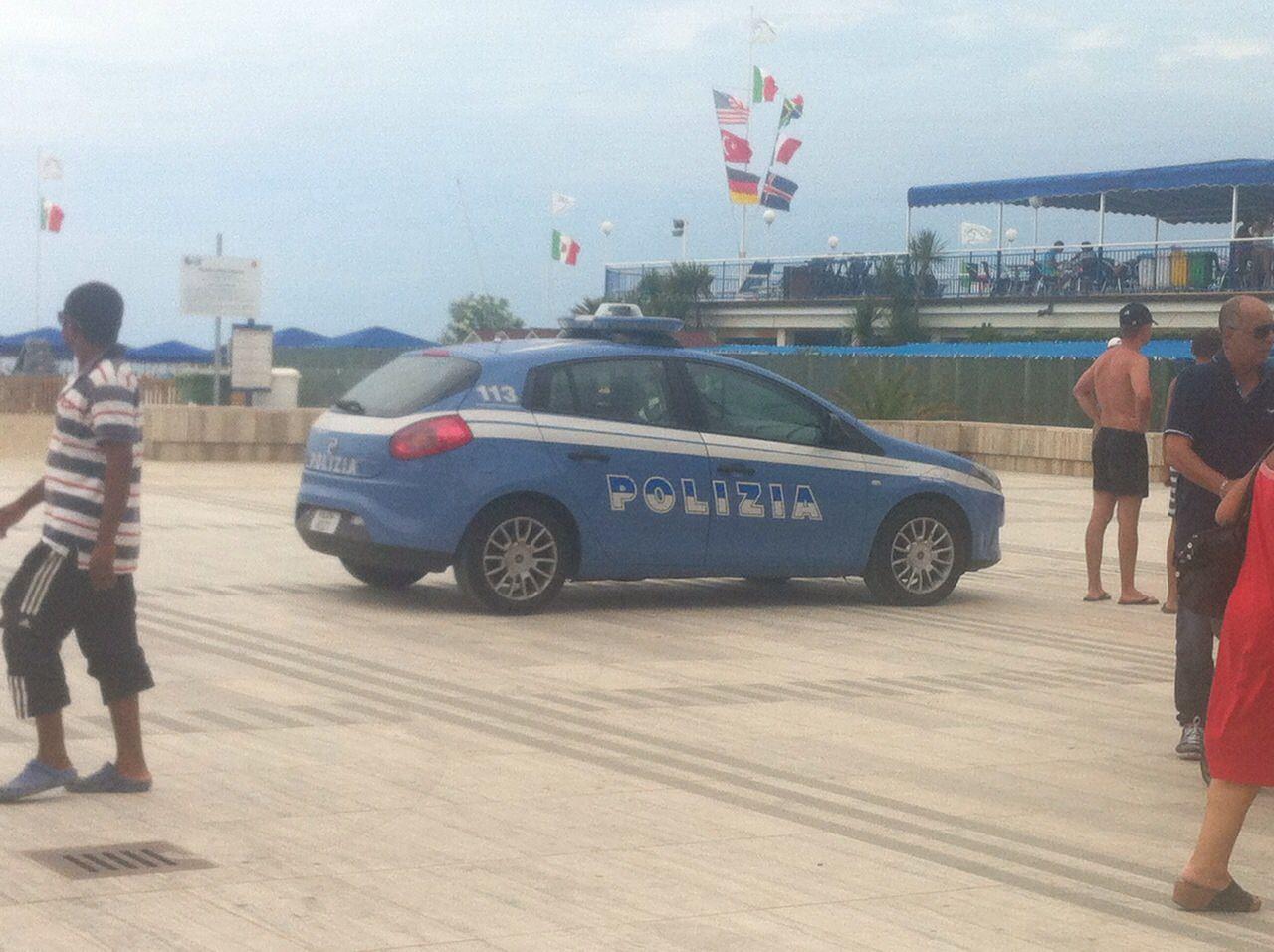"""""""Perché sulla riviera adriatica arrivano i rinforzi alla polizia e in Versilia no?"""""""