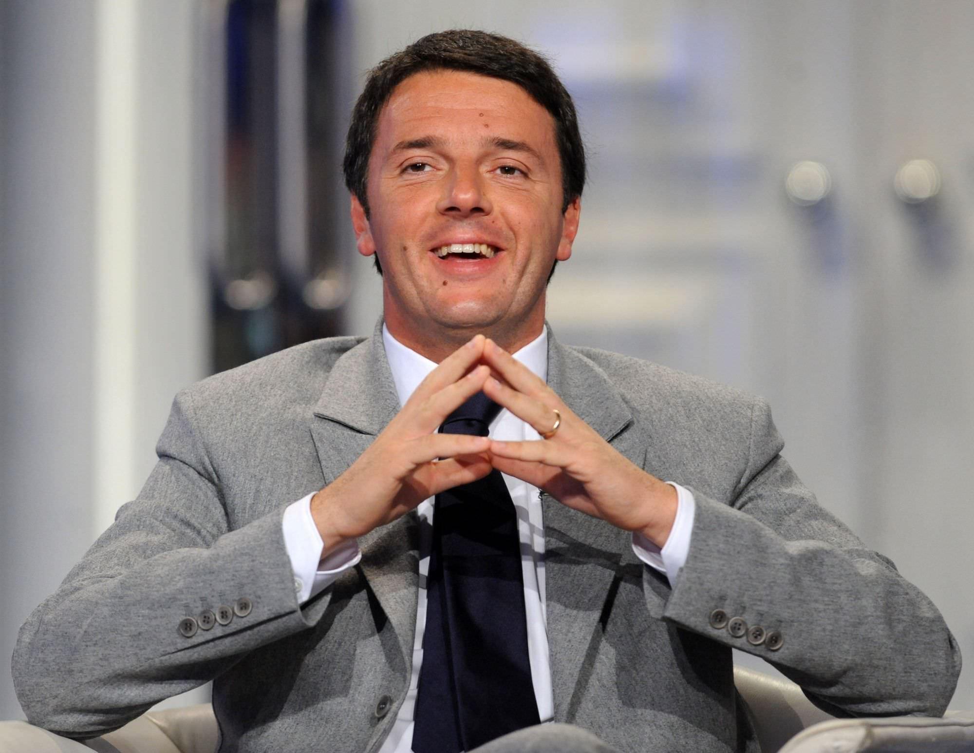 Renzi a Lucca. Corteo di protesta respinto dalle forze dell'ordine
