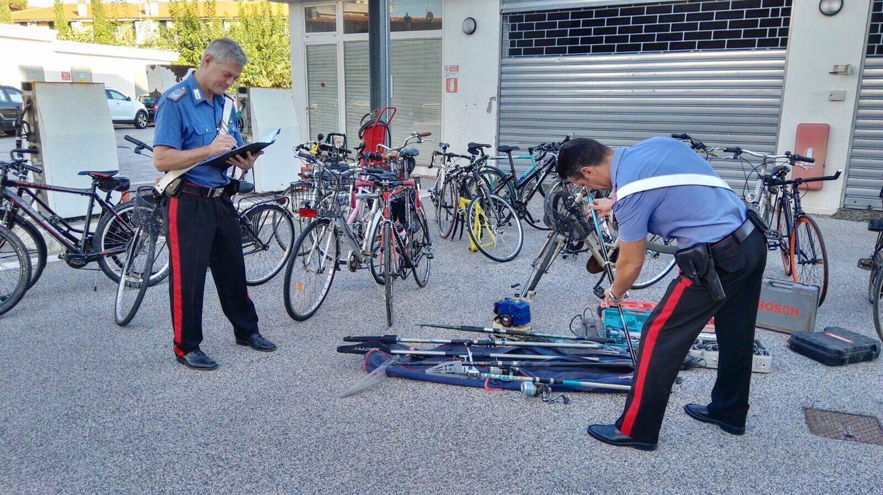 Maxi sequestro di biciclette rubate a Viareggio