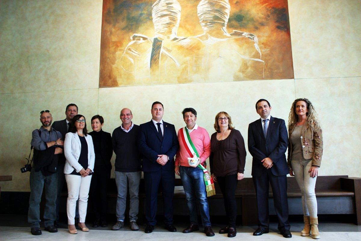 Macael chiama Pietrasanta. Delegazione  spagnola in municipio per conoscere la realtà del marmo locale