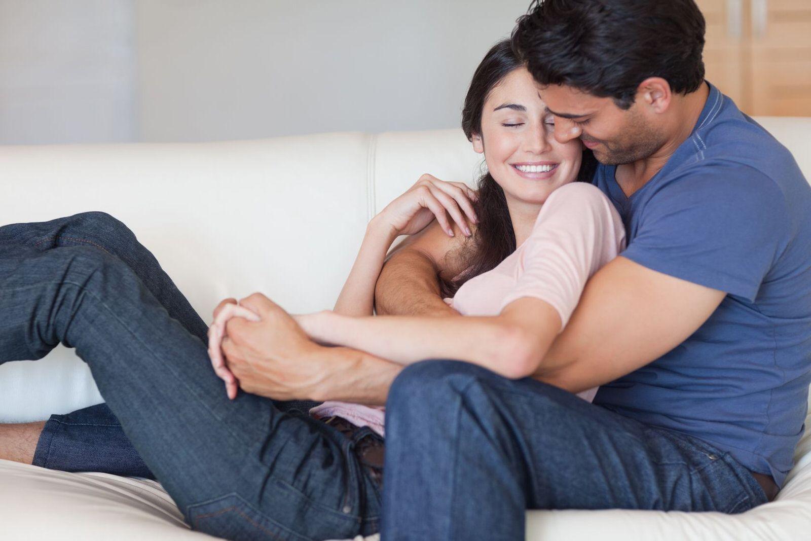 Mal di testa? Sex therapy meglio dell'aspirina. Da Uomo a Uomo