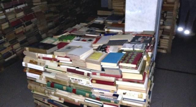 """""""Di chi sono i libri accatastati alla Circoscrizione Campo d'Aviazione?"""""""