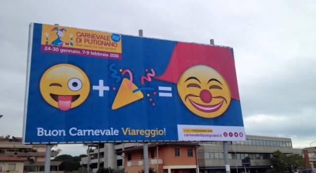 A Viareggio la pubblicità del Carnevale di Putignano
