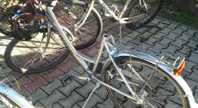 Ladri di biciclette in azione alla stazione di Lido