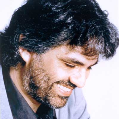 """Gonfalone d'argento a Andrea Bocelli. """"Sono commosso e onorato"""""""