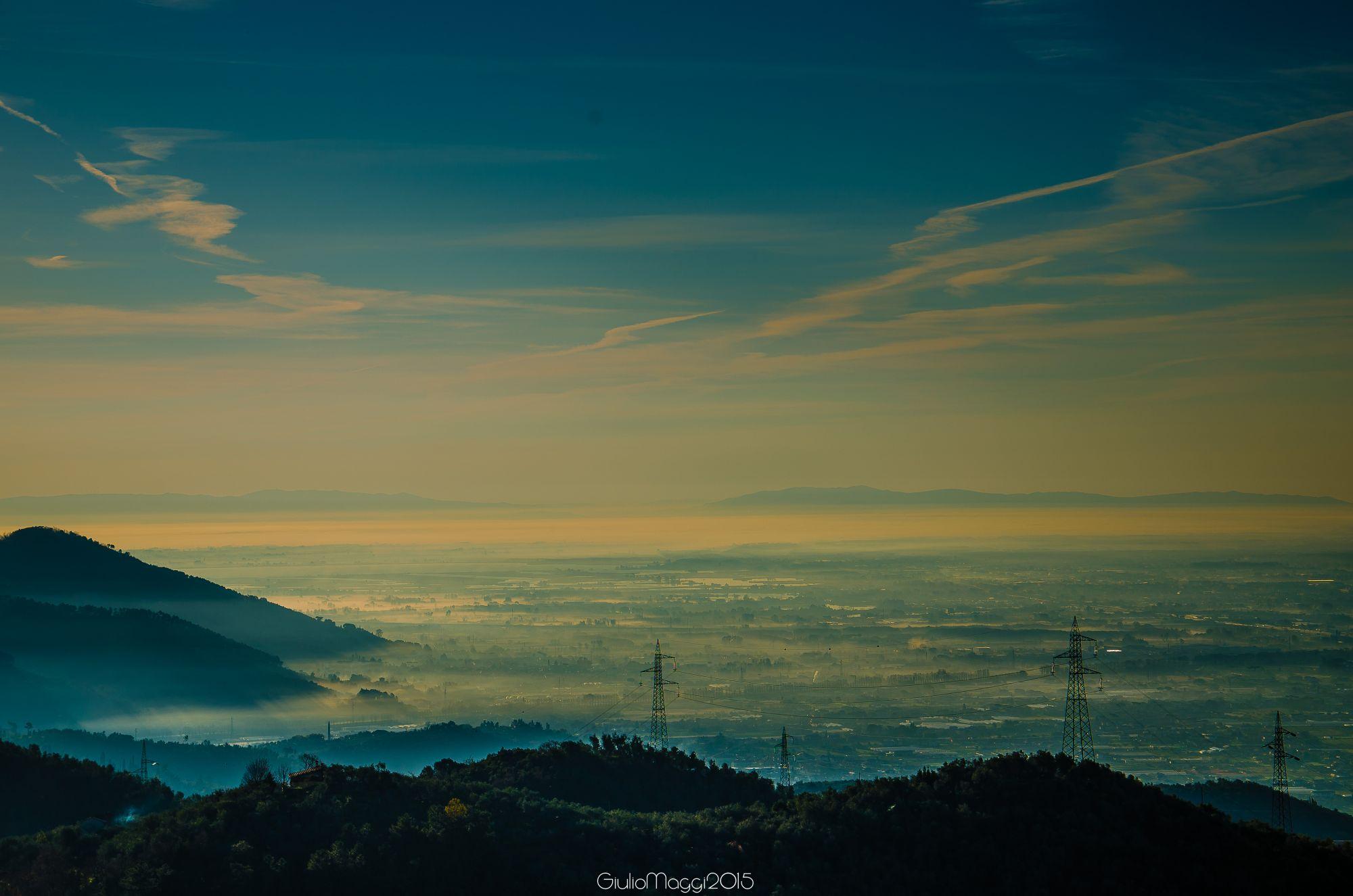 Tra i banchi di nebbia