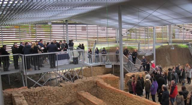 Museo Archeologico di Massaciuccoli: dalla sinistra solo menzogne
