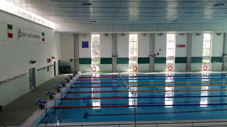 Raccolta fondi per far riaprire la piscina