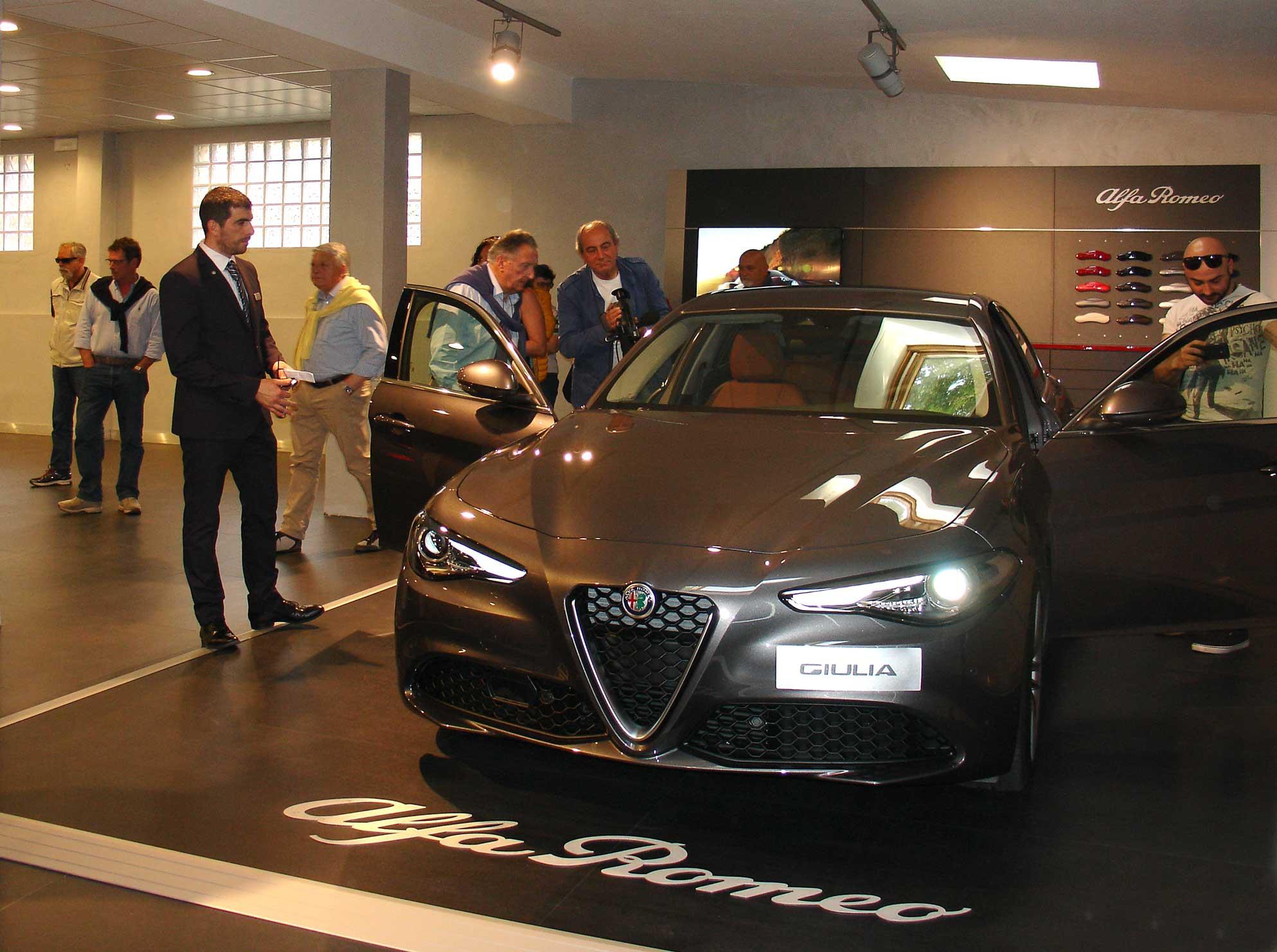 Alfa Romeo, un nuovo show room a Viareggio