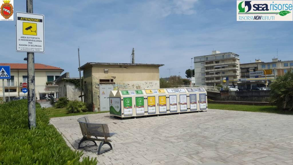 Lido di Camaiore - videocamera isola ecologica informatizzata 2