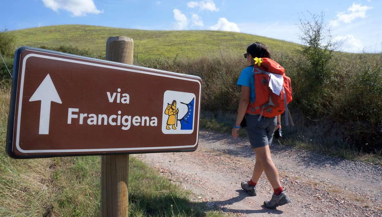 Via Francigena, un timbro per i pellegrini