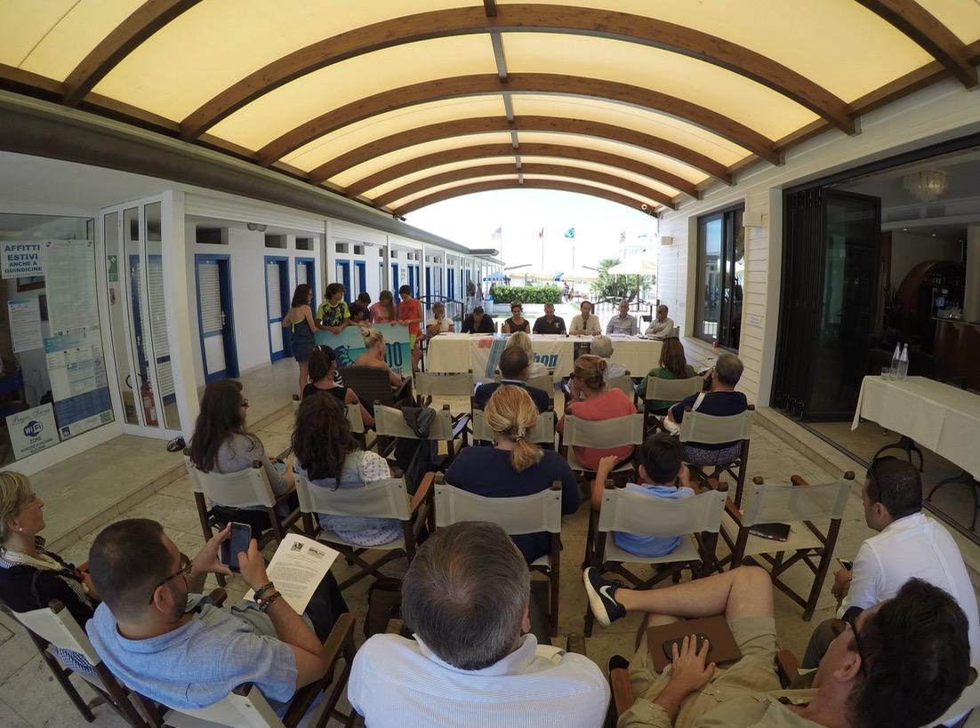 Giallo d'A-Mare, rassegna letteraria tra hotel e stabilimenti balneari