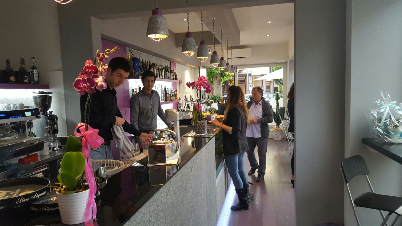Inaugurato nuovo bar a Lido