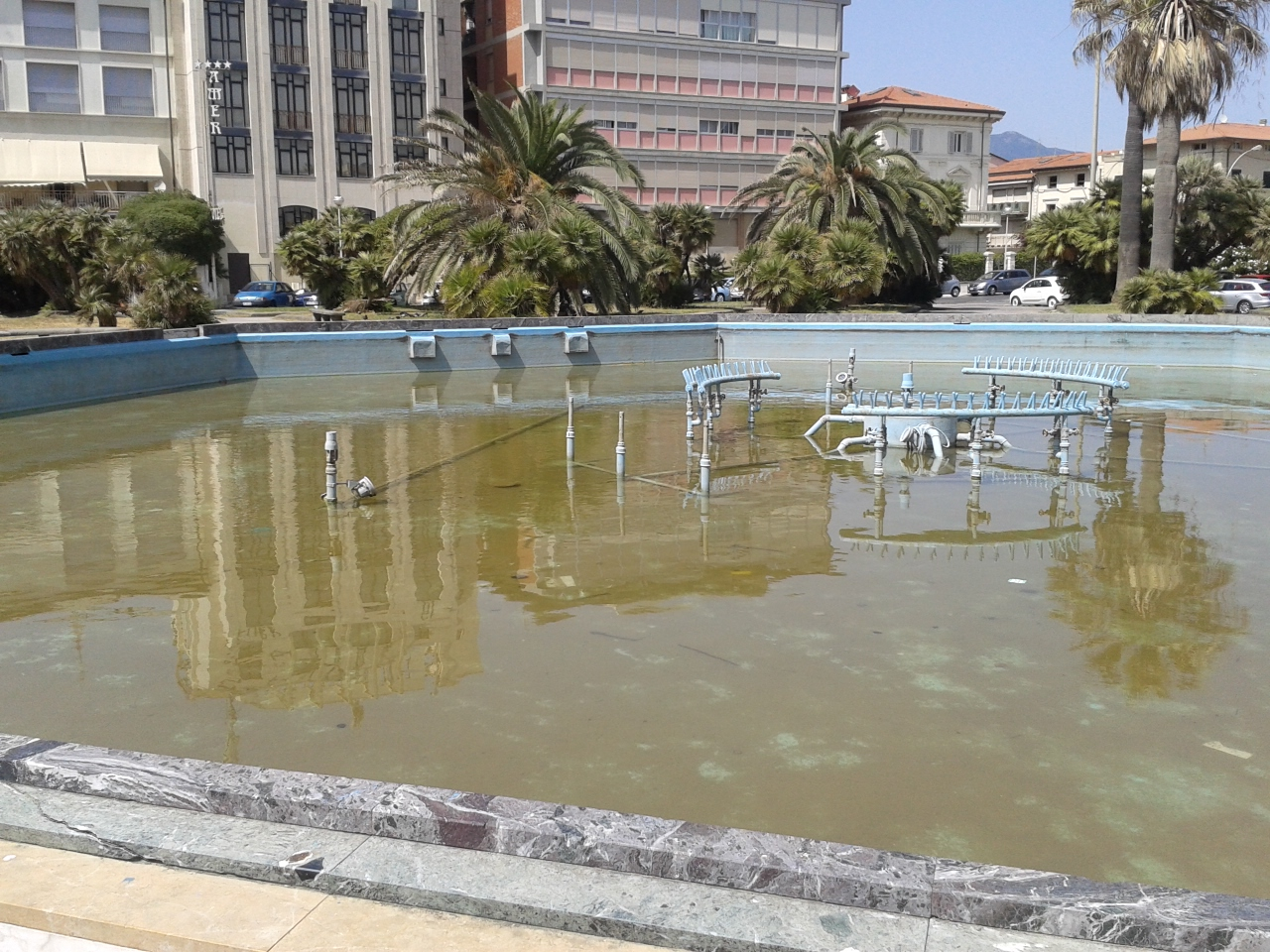 A Viareggio fontane di nuovo spente