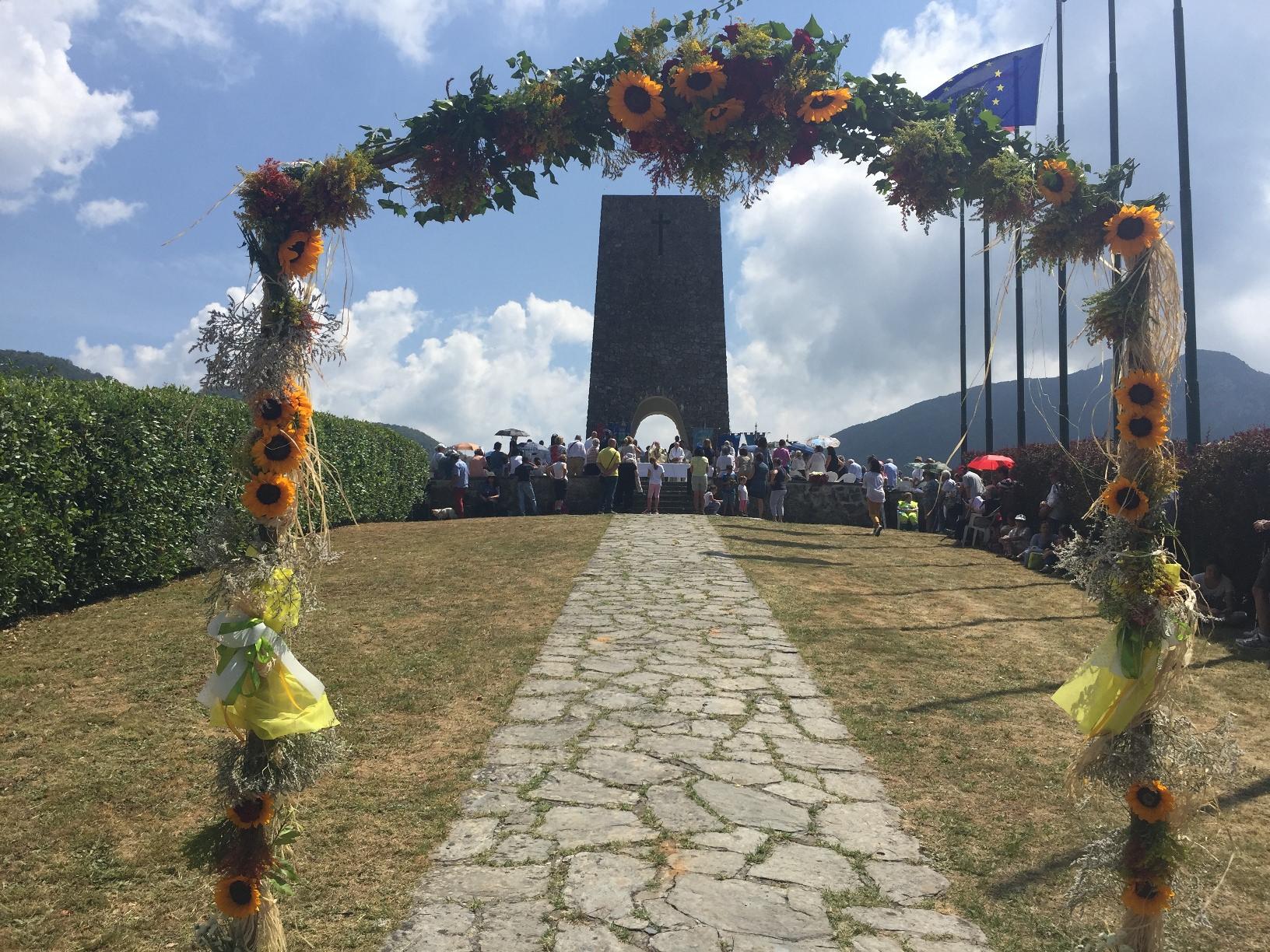 Miglioramento della strada d'accesso per il Parco Nazionale della Pace di Sant'Anna
