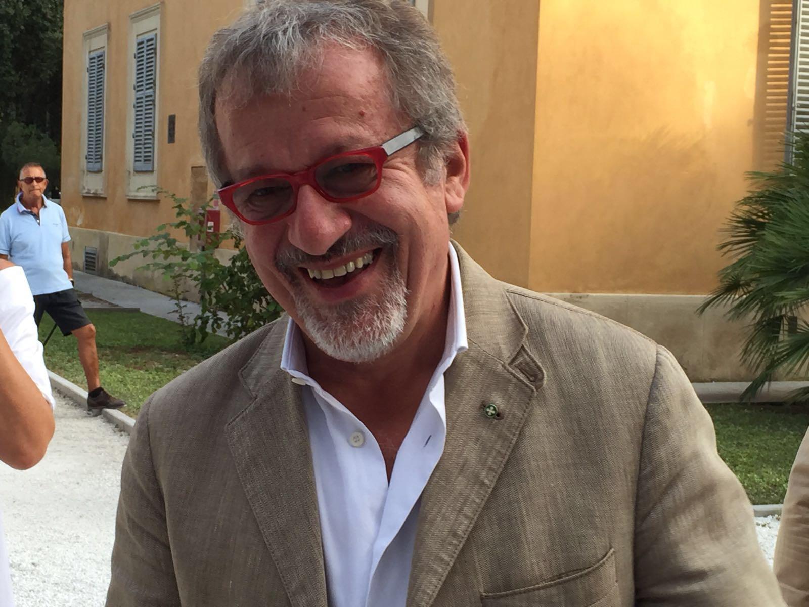 Immigrazione e clandestini al centro dell'incontro con Roberto Maroni al Caffè della Versiliana