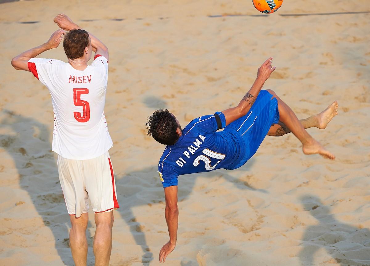 Beach soccer, l'Italia vince e spera ancora