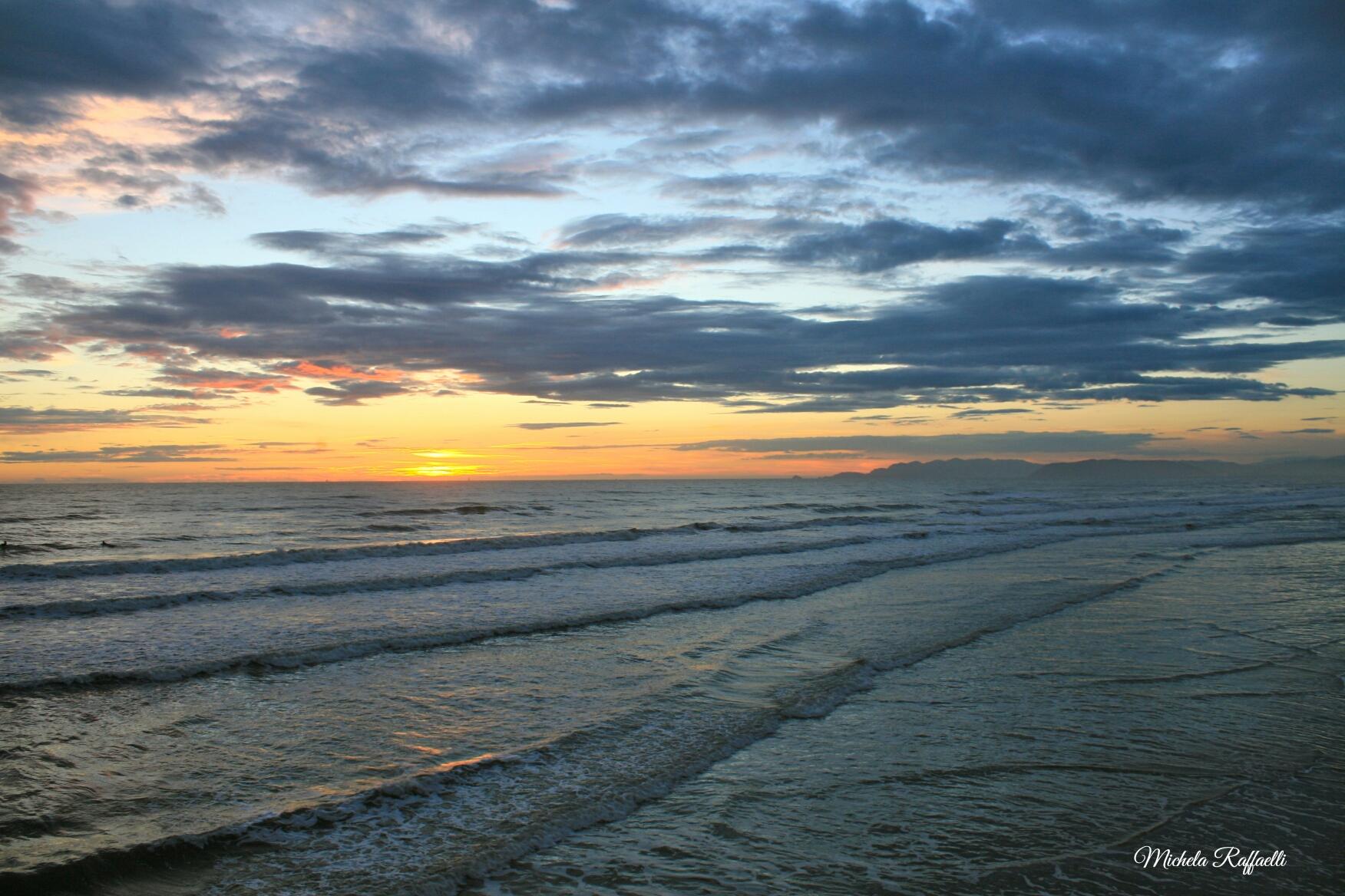 Smantellate due attività abusive sulla spiaggia libera di Torre del Lago
