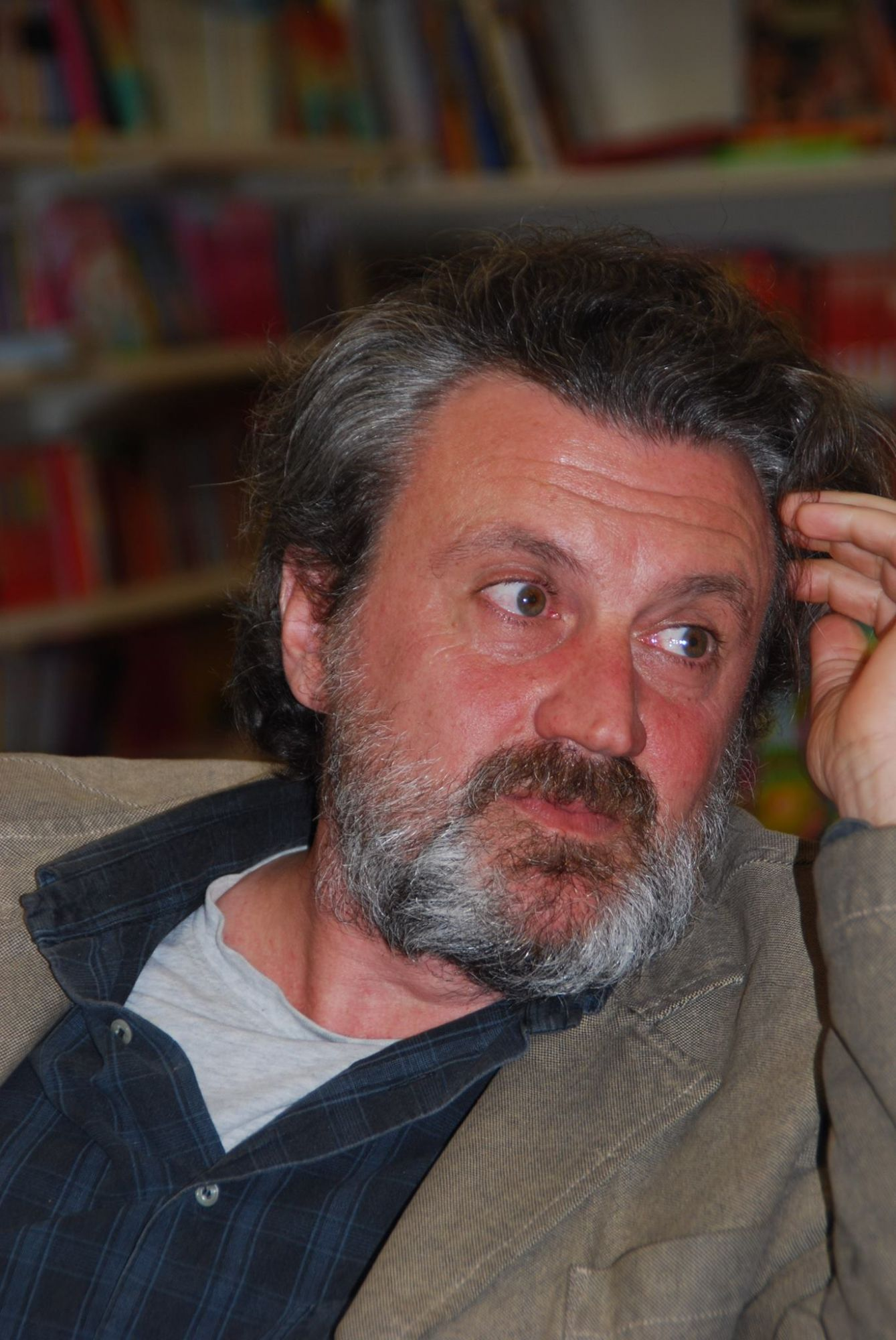 Antonio Manzini vince il Premio Satira Politica Forte dei Marmi 2016