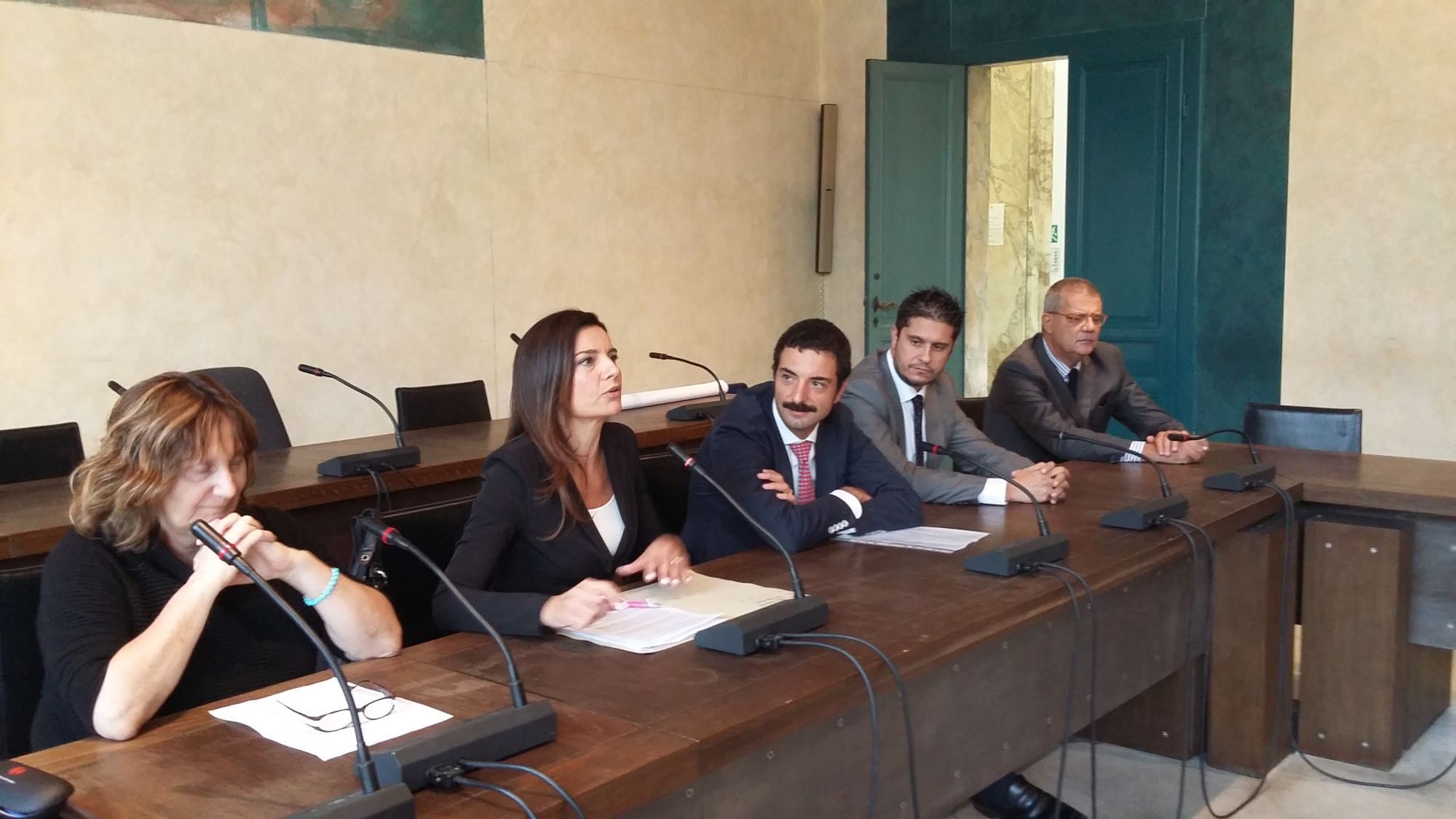 Crisi, a Pietrasanta il primo sportello gratuito anti-debiti
