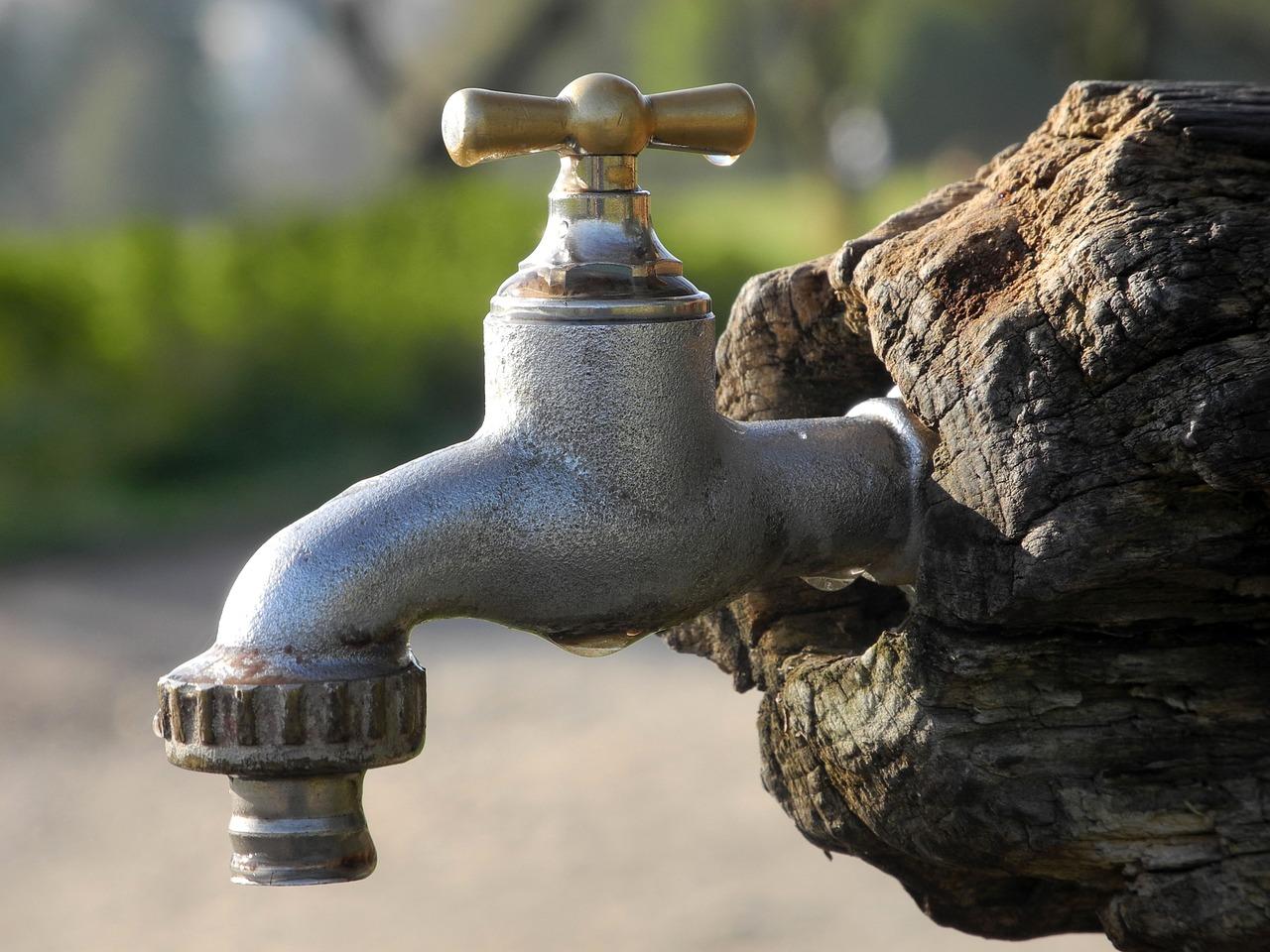 Acqua rossa a Massarosa, Gaia investirà 300mila euro su fognature e acquedotto