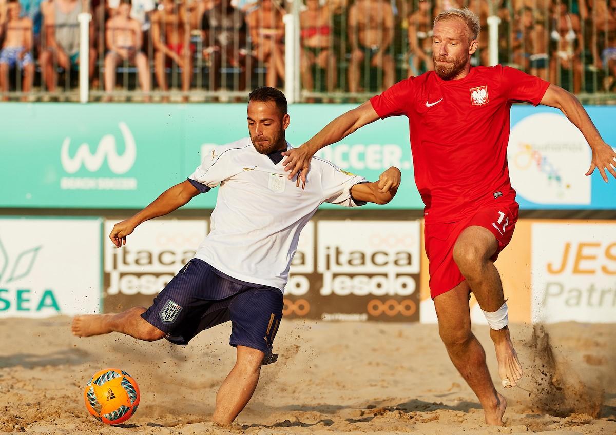 Beach soccer, Italia battuta di misura dalla Polonia
