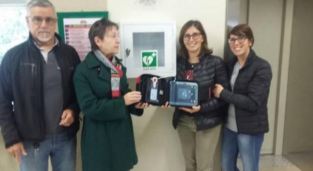 """Dagli amici di Pierluigi Lazzarini un defibrillatore per il """"Galilei"""""""