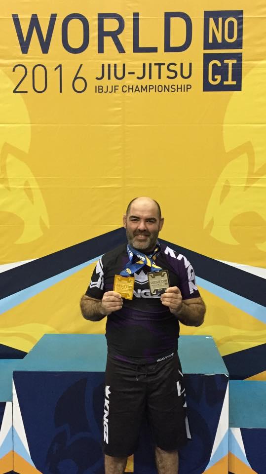 Pietrasanta premia Volo, campione mondiale di arti marziali