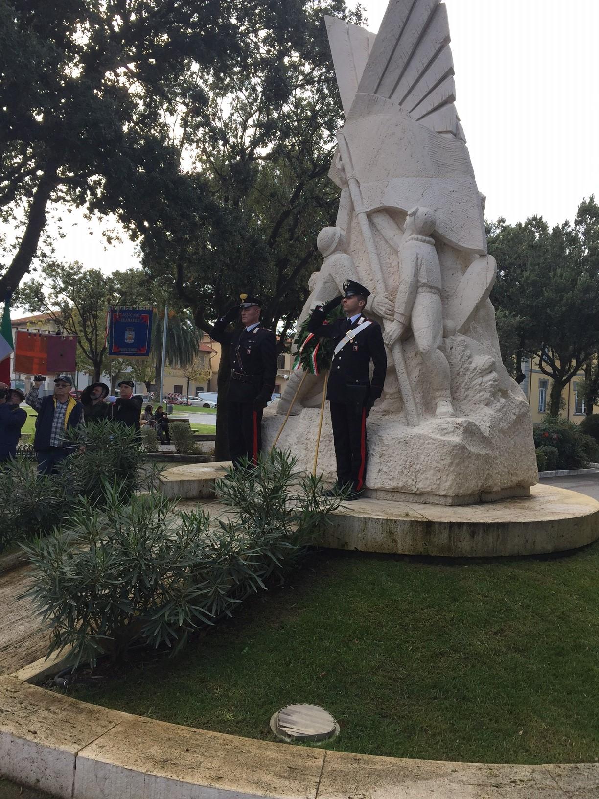 IV Novembre, la cerimonia a Forte dei Marmi