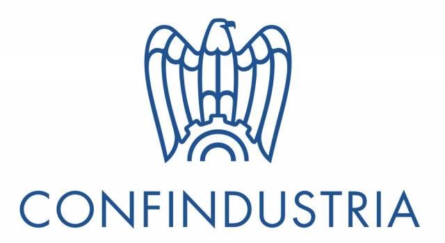 Lieve ripresa della produzione industriale manifatturiera nel triangolo Lucca – Pistoia – Prato