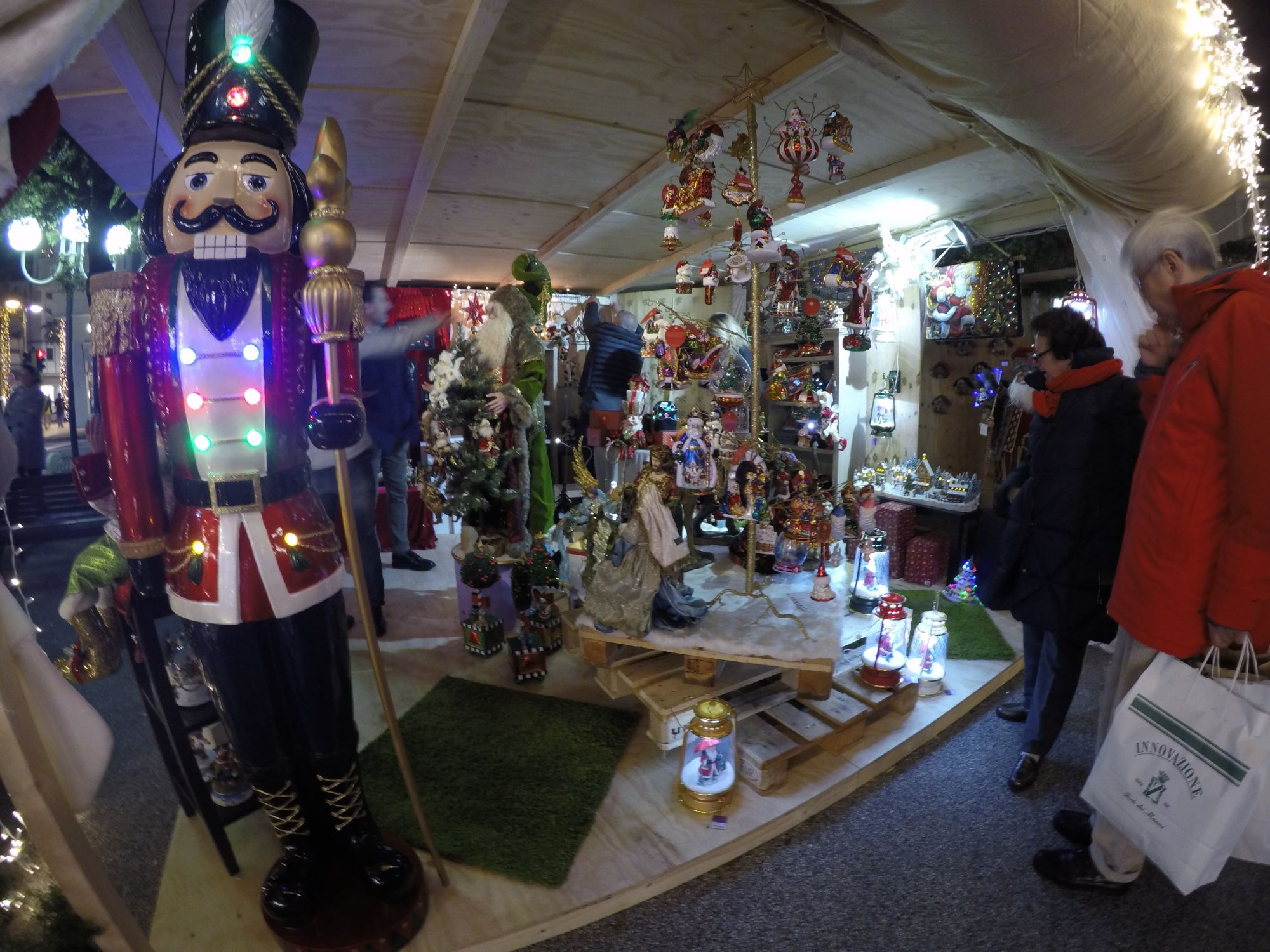 A Forte dei Marmi è già Natale [foto]