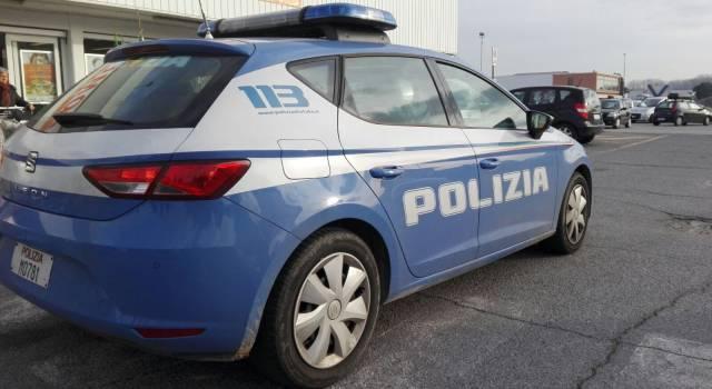 Aggredì agenti con calci e pugni, arrestato a Camaiore