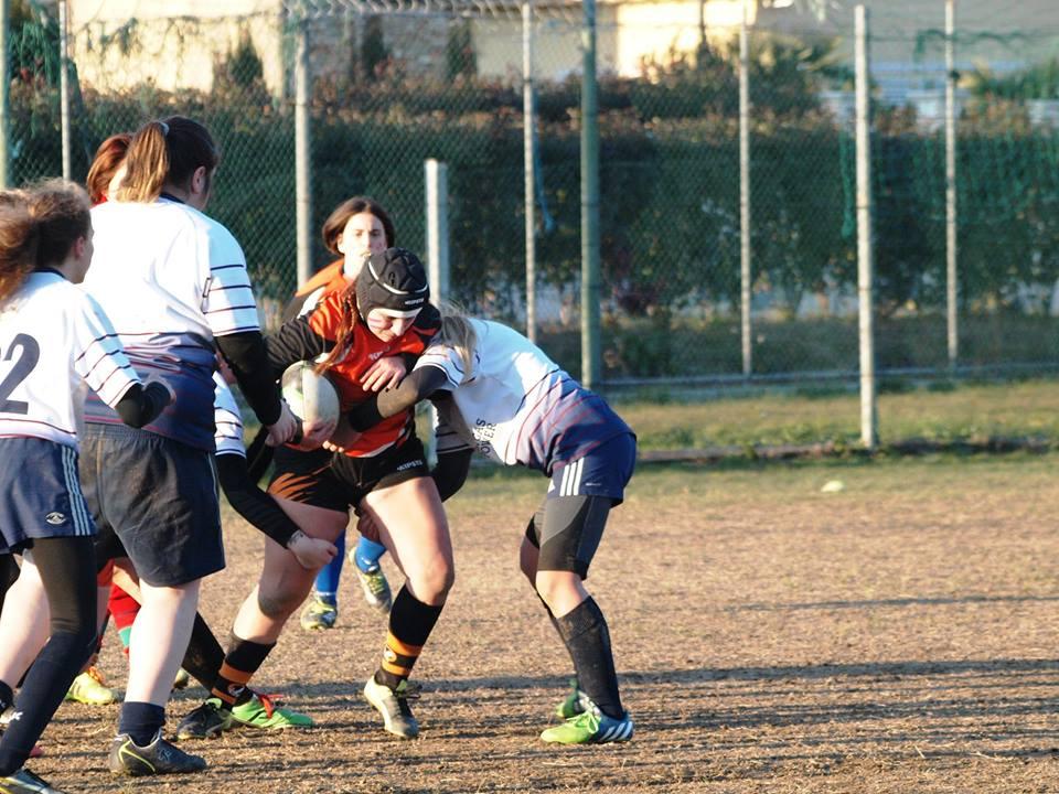 Esordio vincente per le ragazze del Rugby Union Versilia