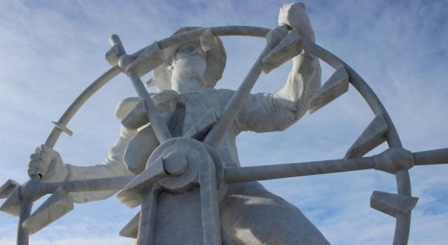 """Ecco """"Sailor"""", il protettore dei marinai del Pontile"""