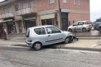 auto ribaltata