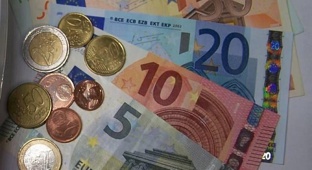 """Decreto Liquidità, Confcommercio: """"Le piccole e medie imprese possono chiedere massimo 25mila euro"""""""