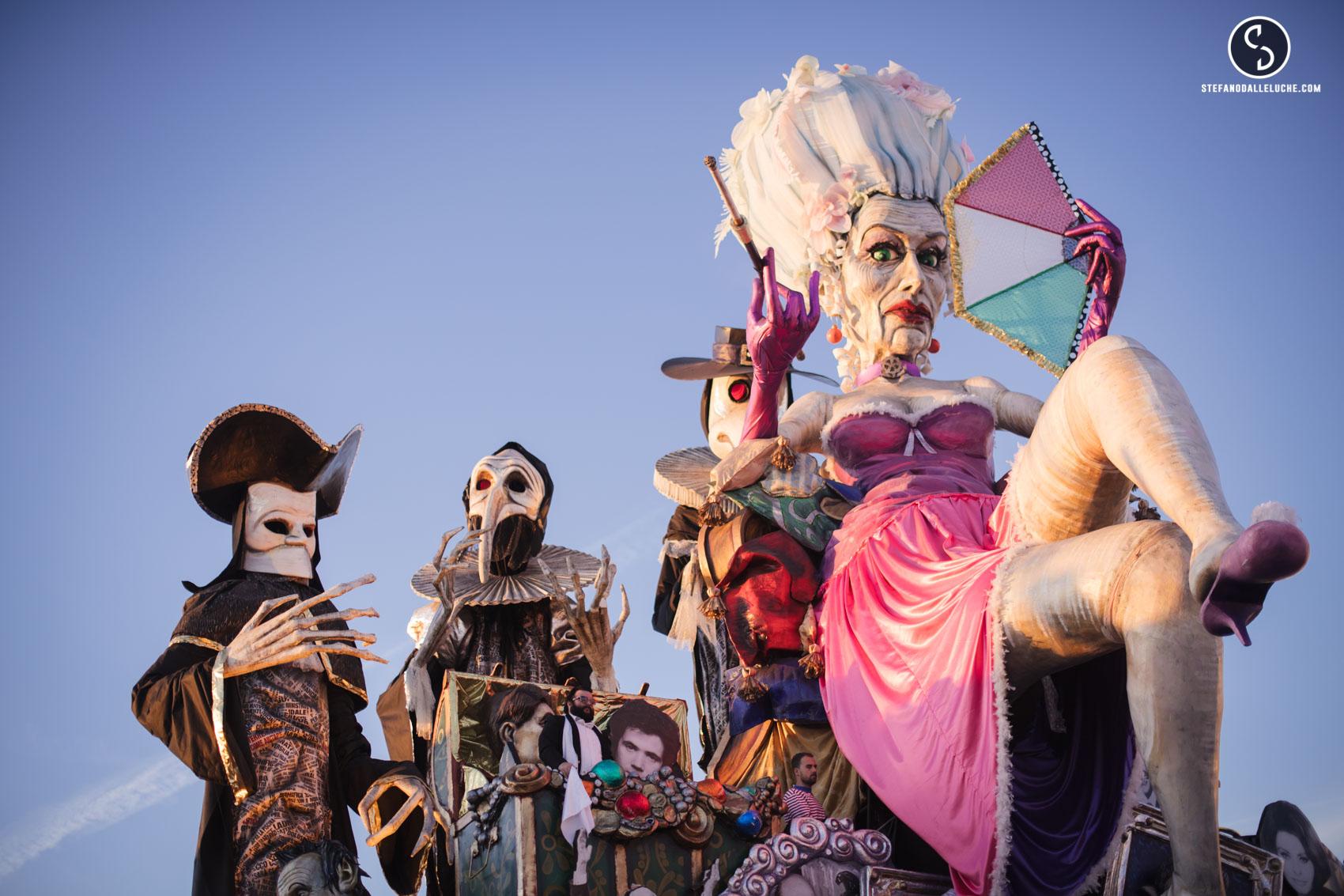 Carnevale di Viareggio 2017, chi sale e chi scende