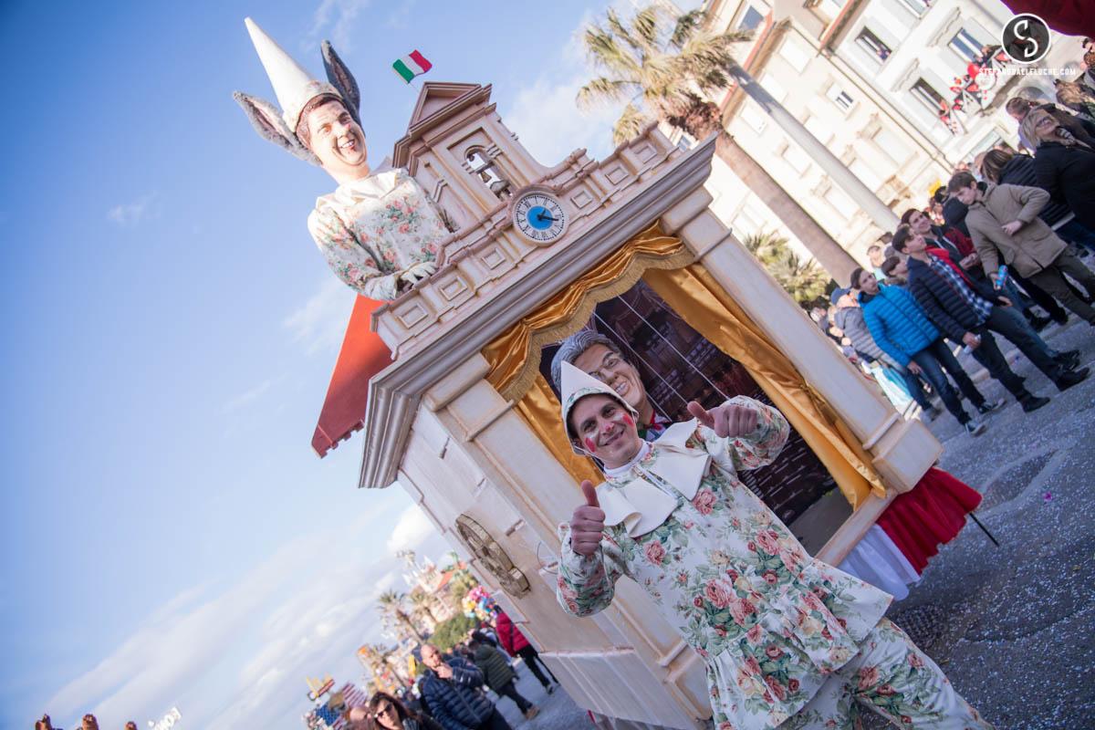 Grande successo di vendita per i biglietti cumulativi del Carnevale di Viareggio 2017