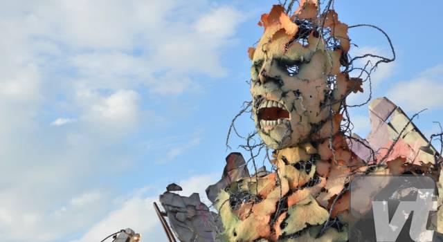 Frontiere di Alessandro Avanzini Vince il Carnevale di Viareggio