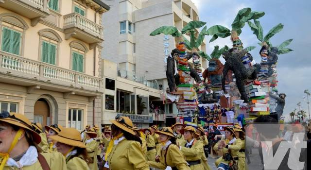 Carnevale di Viareggio, per i lettori trionfa Burocrazy