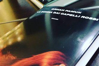 Orhan Pamuk, La donna dai capelli rossi