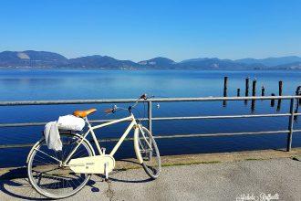 lago bicicletta