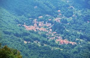 seravezza borgo montagna