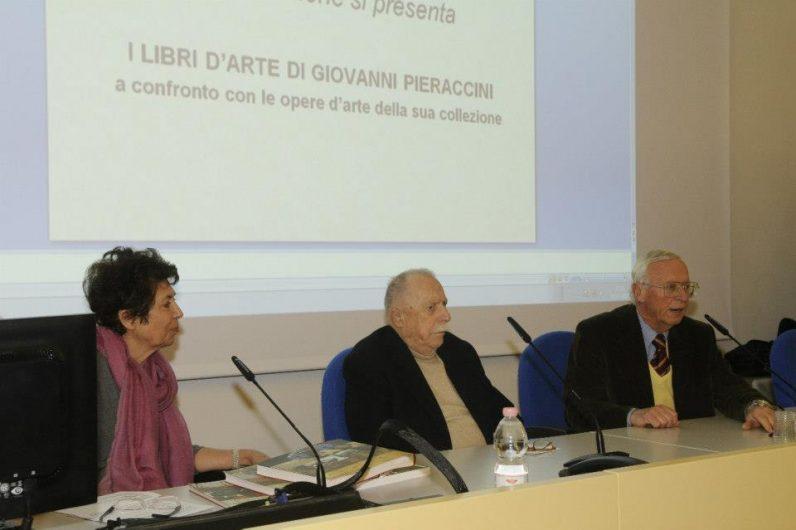 Senatore Giovanni Pieraccini (al centro)