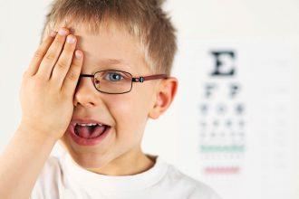 occhiali dismessi per tornare a vedere