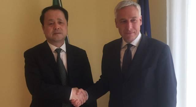 Del Ghingaro incontra il console cinese, in vista una collaborazione Viareggio – Cina