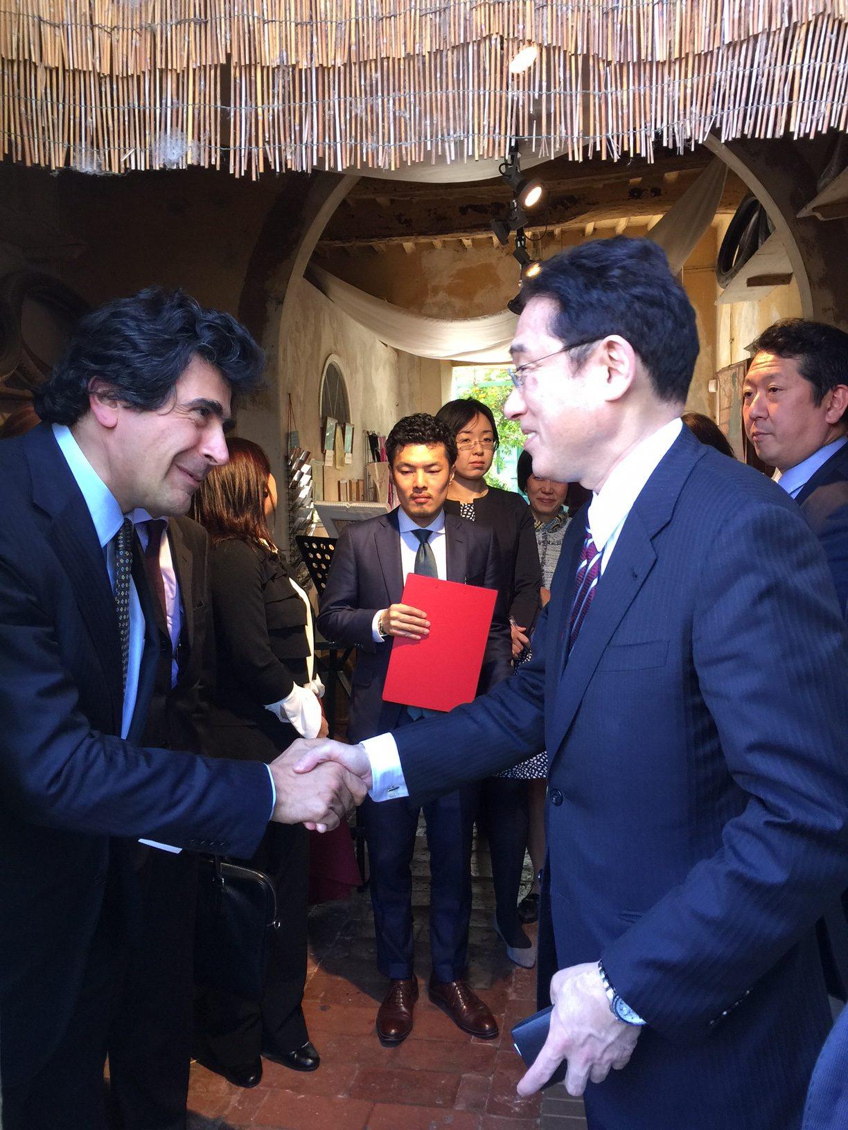 Il Ministro degli esteri giapponesi Fumio Kishida in visita al Museo Puccini di Torre del Lago