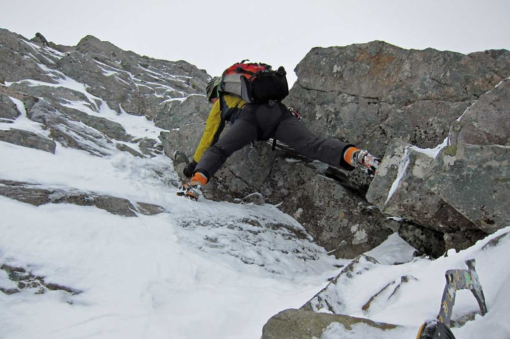 Corso di Alpinismo su Roccia del CAI di Viareggio