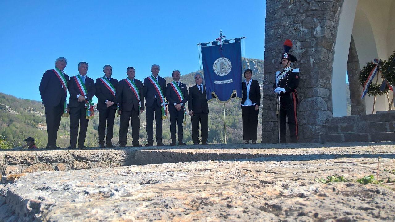 Il sindaco Umberto Buratti ringrazia per l'impegno al G7