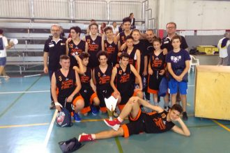squadra Under 15 del Versilia Basket